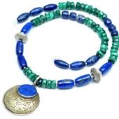 Malachit i lapis lazuli: Etniczny naszyjnik