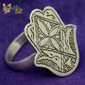 Srebrny pierścionek Hamsa