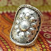 Szeroki srebrny pierścionek etniczny