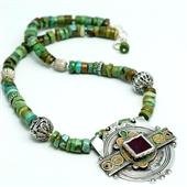 Berber: Turkusowy naszyjnik z amuletem