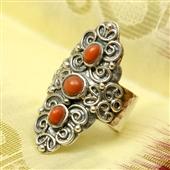 Orientalny pierścionek z koralem