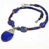 Lapis lazuli: naszyjnik z Afganistanu