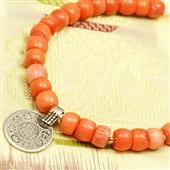Koralowa bransoletka z monetką z Indii