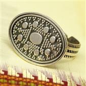 Srebrny pierścionek etniczny