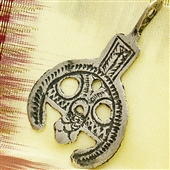 Srebrny wisiorek talizman Salhat