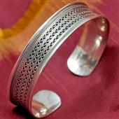 Orientalna bangla: srebrna bransoletka