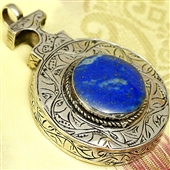 Srebrny wisior orientalny z lazurytem