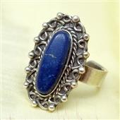 Etniczny srebrny pierścionek z lapis lazuli