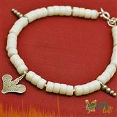 Sahrawi: amulet i biały koral