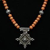 Krzyż Południa: etno korale