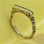 Sahrawi: delikatny srebrny pierścionek nomadów