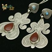Tekke: Kolczyki srebrne z karneolem