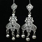 Długie orientalne srebrne kolczyki
