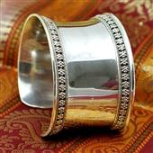 Duża srebrna otwarta bransoleta etno