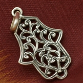 Hamsa: srebrny ażurowy wisiorek
