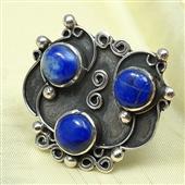 Srebrny, orientalny pierścionek z lapisami