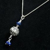 Wisiorek srebrna kulka z lapis lazuli