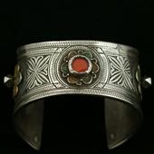 Stara srebrna bransoleta plemienna