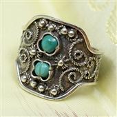 Srebrny pierścionek z turkusami
